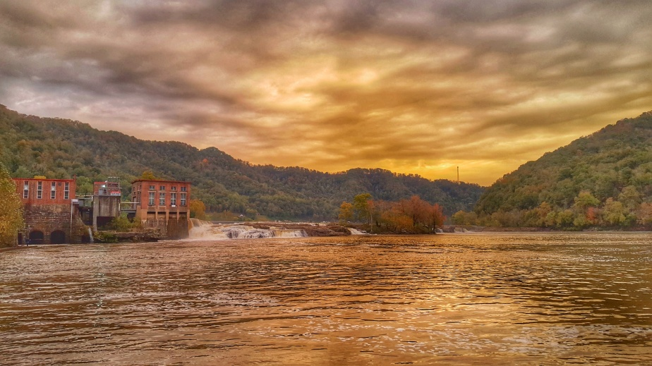 Golden Dawn on the Kanawha River