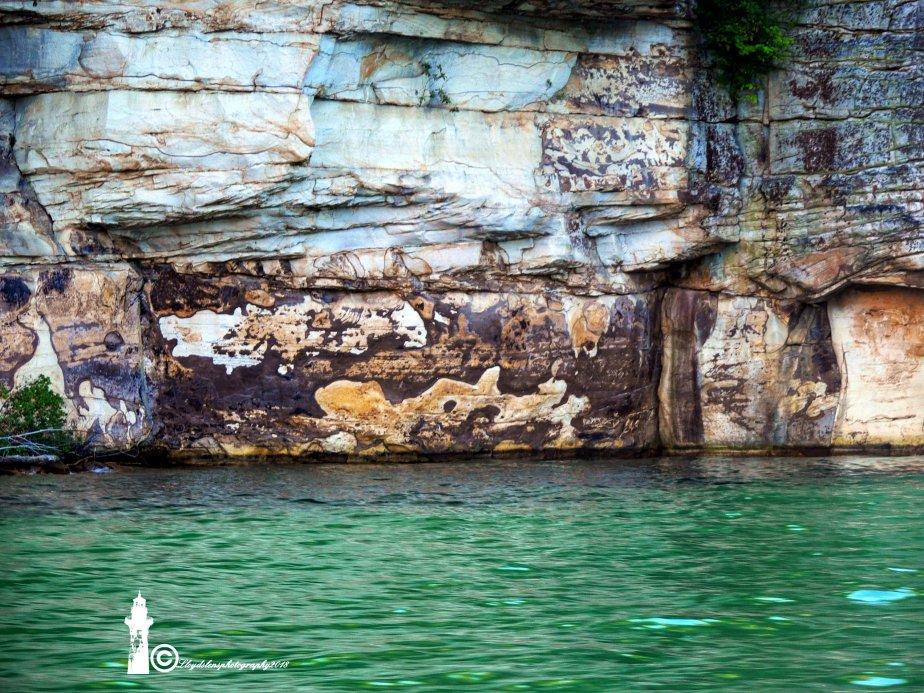 False Petroglyphs Of SummervilleLake